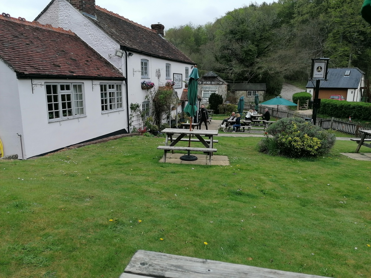 Pub lunch in the South Downs
